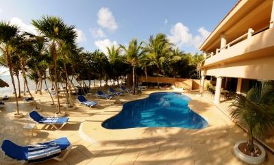 9 Bedroom Villa with Private Pool in Soliman Bay - Image 1 - Akumal - rentals