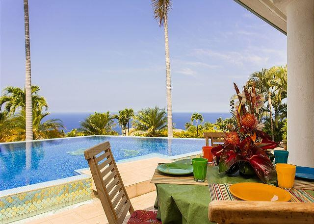 Pool side Dining with Ocean Views - 3 Bedroom, bonus room and 3 Bathroom with Amazing Ocean Views - Keauhou - rentals