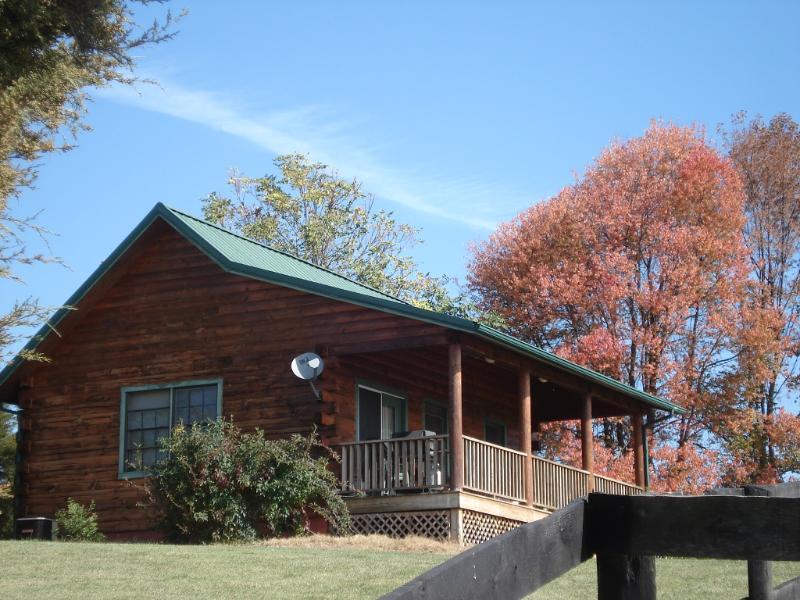 Amanda's Cabins at Lazy Acres Farm - Log Cabin, Lexington Virginia Shenandoah Valley - Lexington - rentals