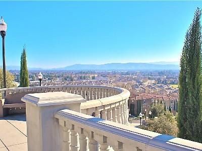 Tuscany Hill Community Terrace - Hilltop Luxury Master Suite, W/D, Kitchen, Pool - San Jose - rentals
