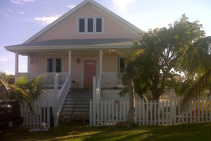 Take 'ya' Time Cottage - Cute, Quaint & Safe - Take 'ya' Time Cottage - Eleuthera - rentals