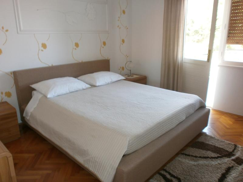 Charming apartment for 3 persons in Lovran - Mirna - Image 1 - Lovran - rentals