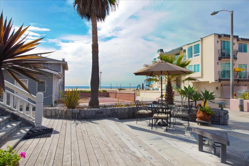 HBA Executive Entertainers Beach Villa - Steps to the sand! Luxury Beach House Perfect for Discerning Travelers! - Image 1 - Hermosa Beach - rentals