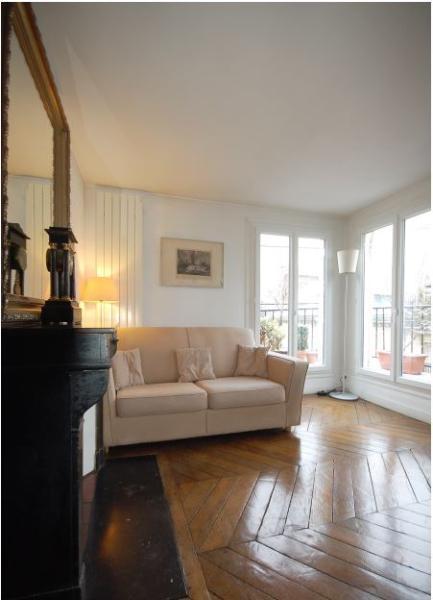 Heart of Paris 1 bedroom 1 bath. (4345) - Image 1 - Paris - rentals