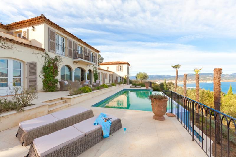 Modern style Villa, St-Tropez, 8 people - Image 1 - Saint-Tropez - rentals