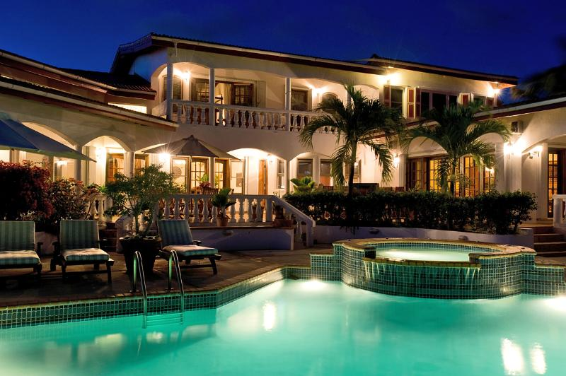 Villa Coyaba at night - LUXURIOUS 6 BEDROOM VILLA - Island Harbour - rentals