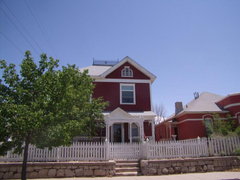 The Manor House - Image 1 - Albuquerque - rentals