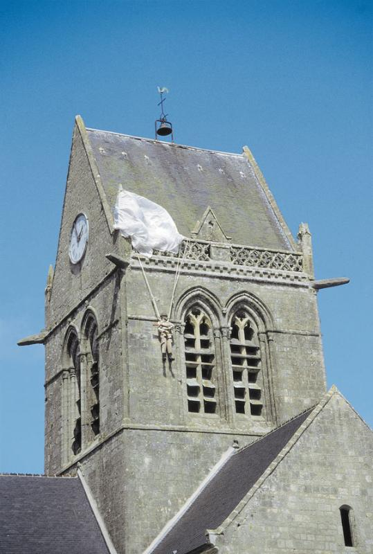 Ste Mere Eglise - stone cottage in centre of Ste Mere Eglise - Sainte-Mere-Eglise - rentals