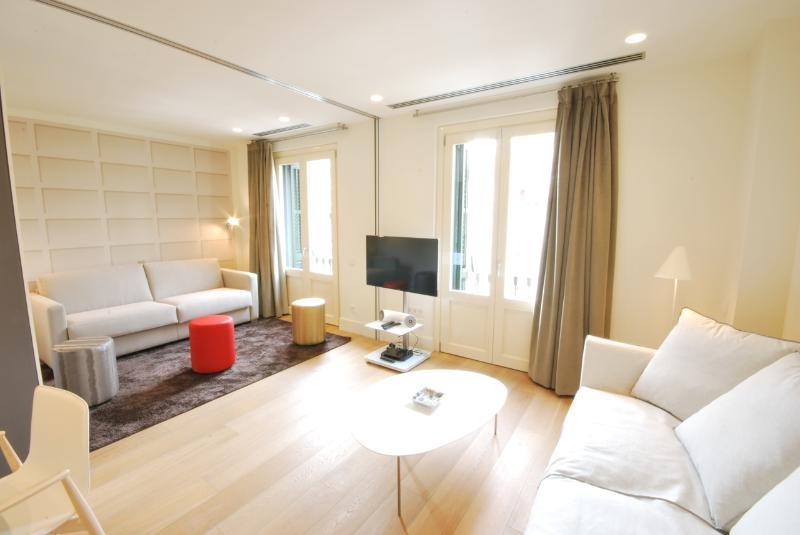 Rambla Luxury Apartments - Image 1 - Barcelona - rentals