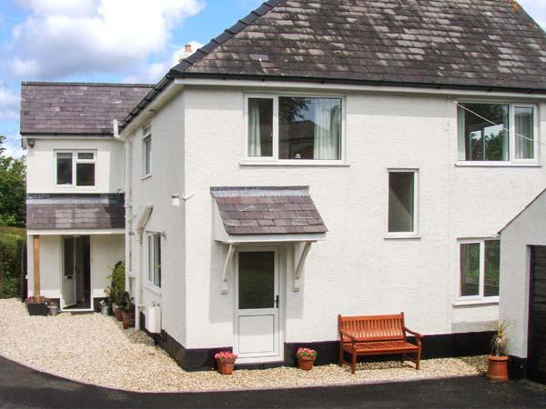 ANCHOR COTTAGE, raised garden, close to the beach, in Saundersfoot, Ref. 21546 - Image 1 - Saundersfoot - rentals