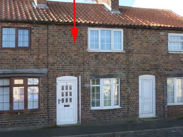CHANDLER COTTAGE, pet friendly, enclosed garden, open fire, in Skipsea, Ref. 904359 - Image 1 - Skipsea - rentals