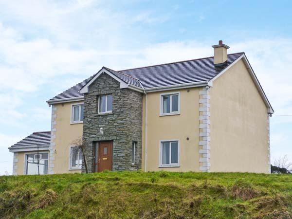 LOUGHROS HOUSE, detached cottage, wonderful views, en-suite, roll-top bath, open fire, summer house, near Millford, Ref 905801 - Image 1 - Ramelton - rentals