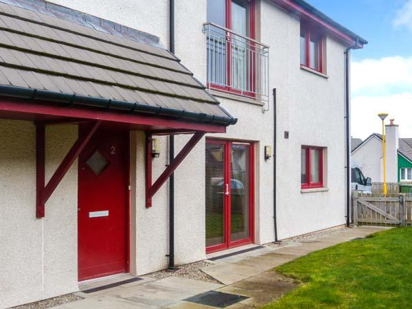 HILL VIEW APARTMENT, pet-friendly apartment close to village amenities, heart - Image 1 - Aviemore - rentals