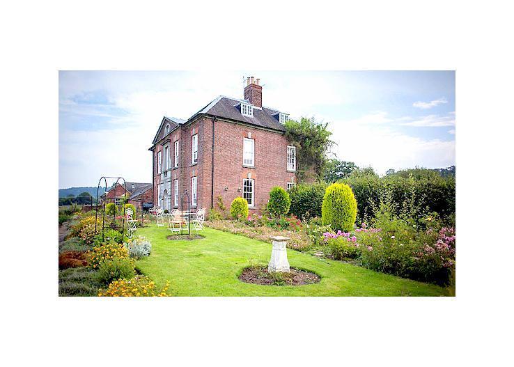 702 - Image 1 - Derbyshire - rentals