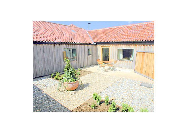 britain-ireland/norfolk/lambs-barn - Image 1 - Norfolk - rentals