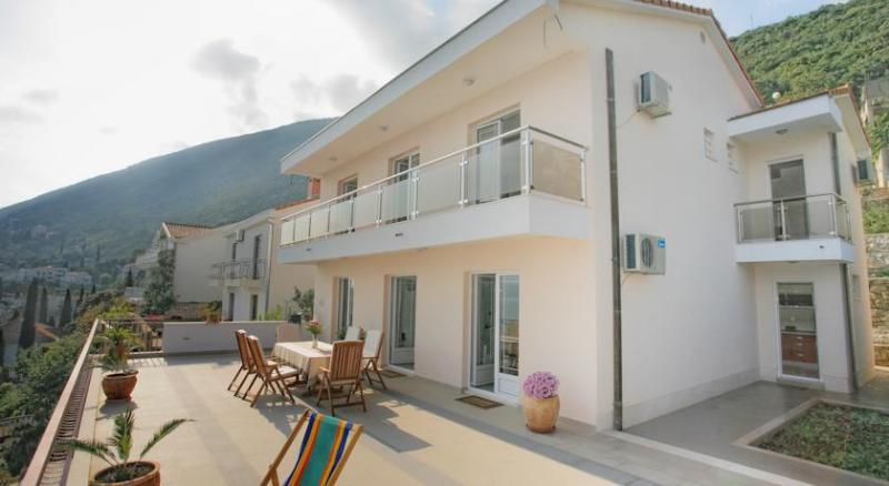 Villa del Mar - Villa Milena - Montenegro****  - luxury house at the very sea coast - Herceg-Novi - rentals