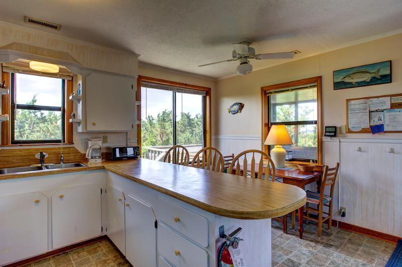 Dining Area - ABSea oceanblock cottage - Avon - rentals