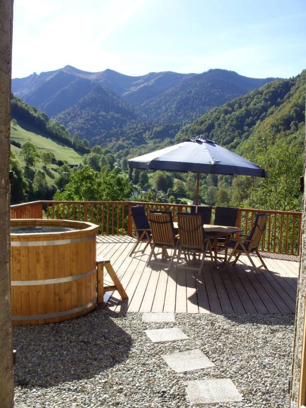 Decked terrace with hot tub - Haute Vue - Portet-d'Aspet - rentals