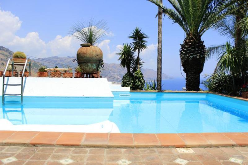 PANORAMIC SUITE - PANORAMIC SUITE with pool & view - Taormina - rentals