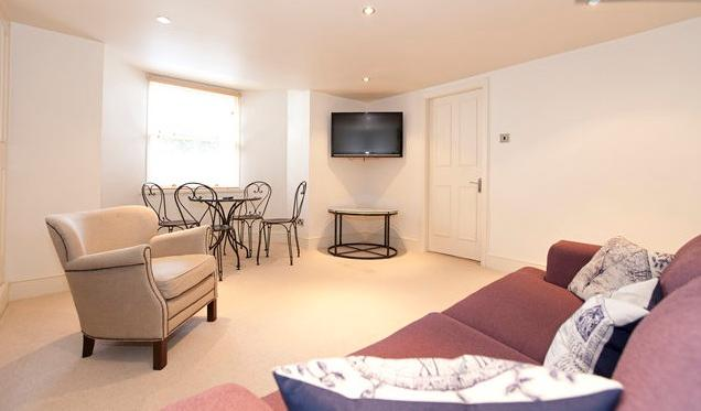 Superior Apartment for Conference/ holidays base - Image 1 - Harrogate - rentals