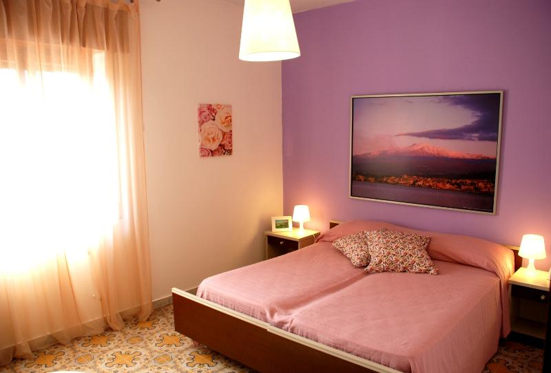 Bedroom 1 - Flat close to the most sharming Naxos beaches - Giardini Naxos - rentals