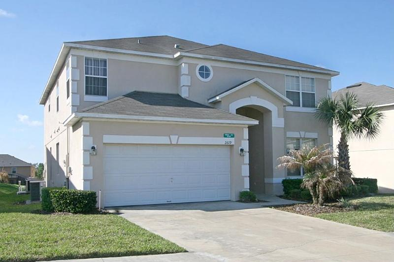 Front Exterior - 7 Bedroom South Facing Pool, XBOX one, PS3, WII, WiFi - Kissimmee - rentals