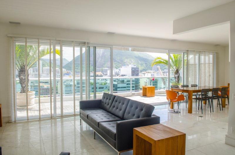 W110 - 3 Bedrooms Penthouse - Image 1 - Rio de Janeiro - rentals