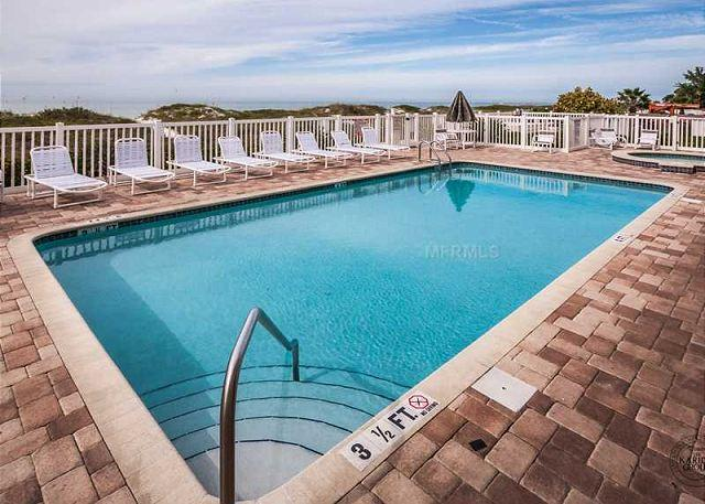 Beautiful Gulf Front Pool - Beautiful Newer Beach Front Condo located directly on the Gulf of Mexico - Indian Rocks Beach - rentals