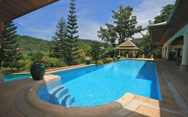 Villa in Naiharn Beach: Magnificent Property - nai39 - Image 1 - Rawai - rentals