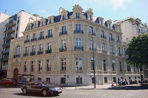 Luxurious Apartment Near Champs Elysees - Image 1 - Paris - rentals