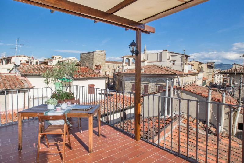 Roof terrace LA TERRAZZA APARTMENT EXCLUSIVE - Apartments at La Terrazza con Vista in Florence, Tuscany - Florence - rentals