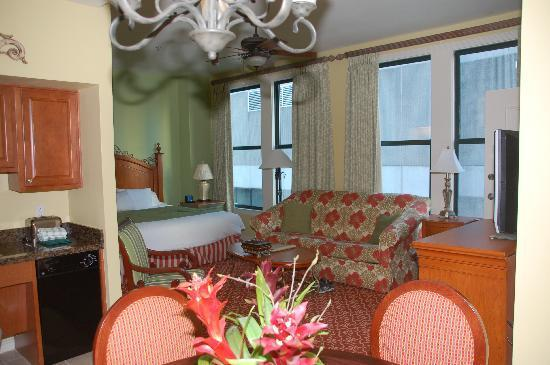 Studio Sleeps 4 near French Quarter and Casino! - Image 1 - New Orleans - rentals