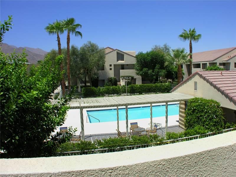 Living Room Balcony Main View - Beautiful condo in the heart of Palm Springs - Palm Springs - rentals