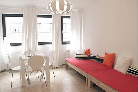 536 Cute Apartment in the Gallery District, Berlin - Image 1 - Berlin - rentals