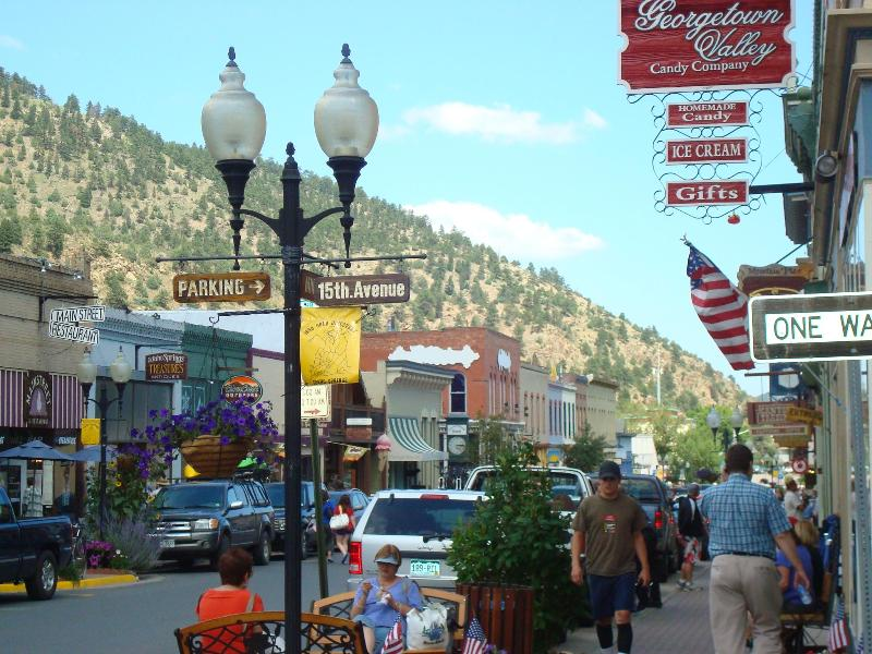 HISTORIC IDAHO SPRINGS - MAIN STREET - RUSTIC CABIN IN MT TOWN HOT SPRINGS,  COOL SKIING! - Idaho Springs - rentals