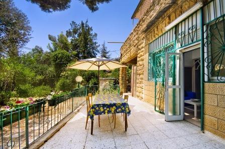 Authentic Ground Floor 2 Bdr/2 Bthrm with Garden - Image 1 - Jerusalem - rentals
