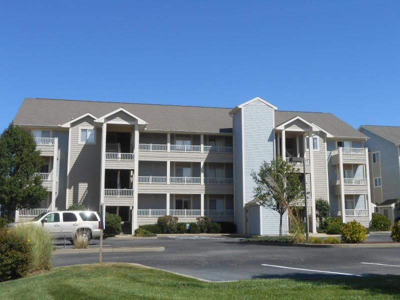 Building from street - Baywatch Grande waterfront 2 bedroom 2 bath w/pool - Ocean City - rentals