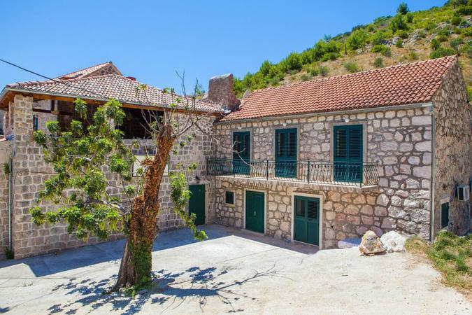 Fisherman's House Brsečine-next to beach - Image 1 - Trsteno - rentals