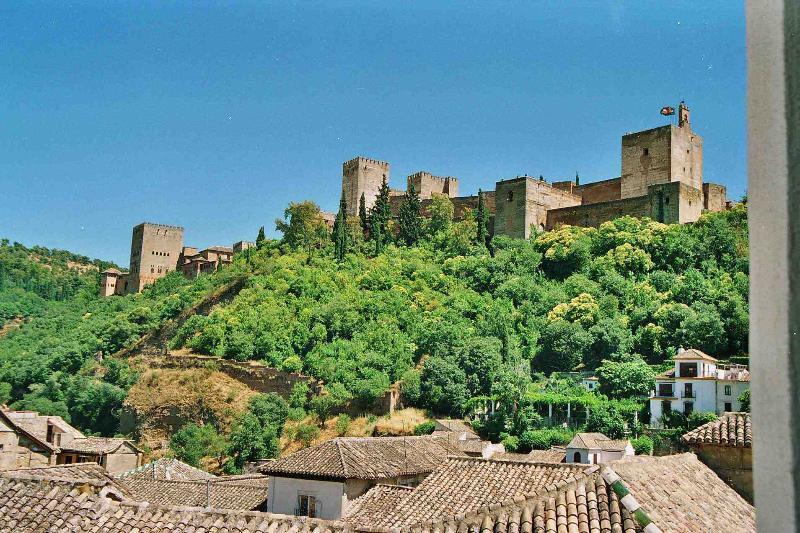 View from the terrace - Beautiful restored home in Granada's historic area - Granada - rentals