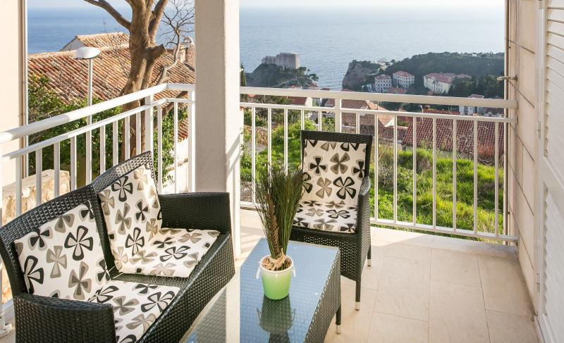 Superior 1bedroom apt near Old town :) - Image 1 - Dubrovnik - rentals