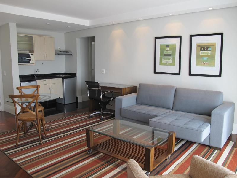 Upscale 1 Bedroom Apartment In Jardins - Image 1 - Sao Paulo - rentals
