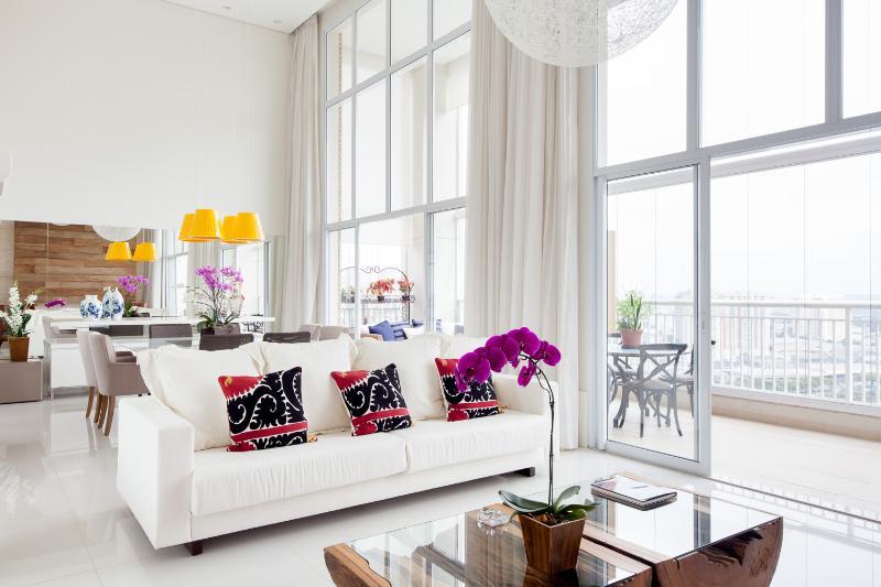 Luxurious 3 Bedroom Apartment in Morumbi - Image 1 - Sao Paulo - rentals
