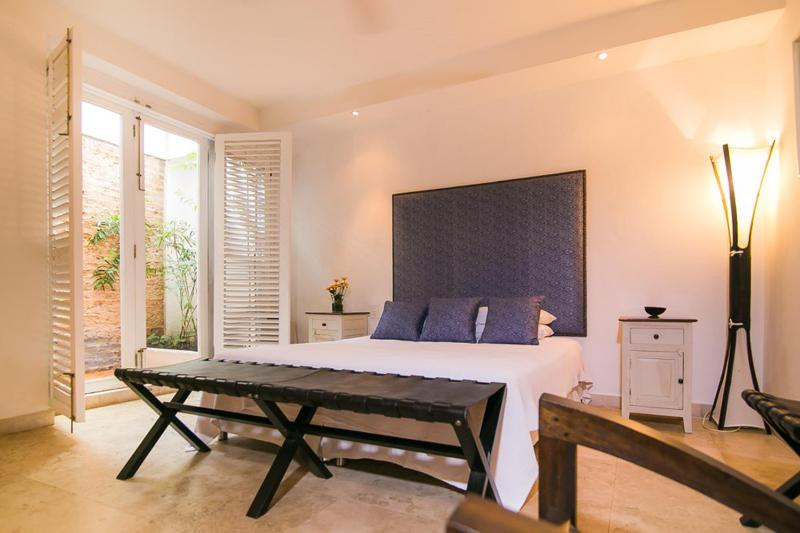 Great 1 Bedroom Apartment in the Heart of Old Town - Image 1 - Cartagena - rentals