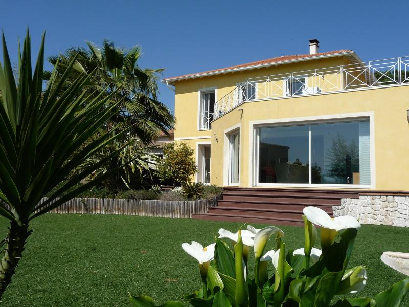 property - Luxury villa in Nice, quiet & close to center, A/C, heated pool - Nice - rentals