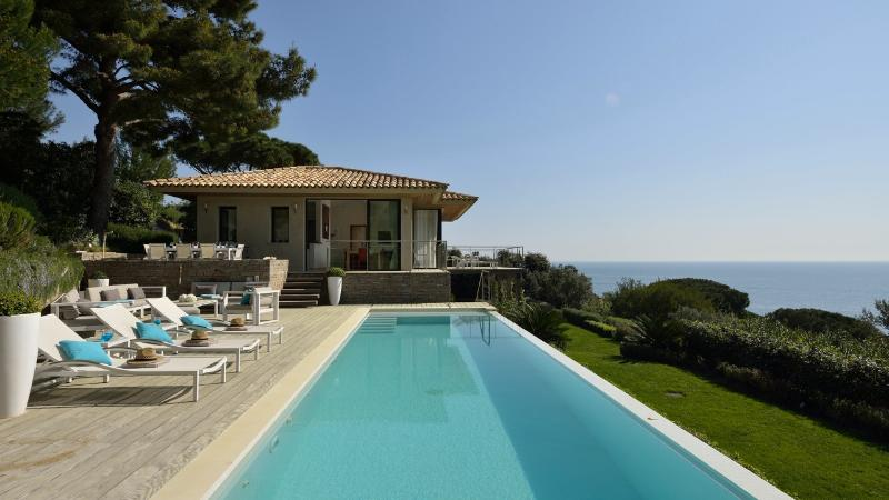 Extraordinary villa - Exquisite Villa in St-Tropez, 5 bedrooms, 10 p - Saint-Tropez - rentals