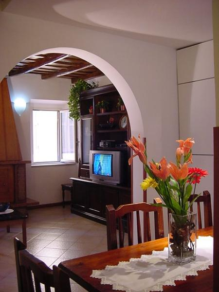 Apartment Fico Rome apartment for 4, central Rome holiday accommodations, apartment rental in Rome, 2 bedroom Rome rental - Image 1 - Rome - rentals