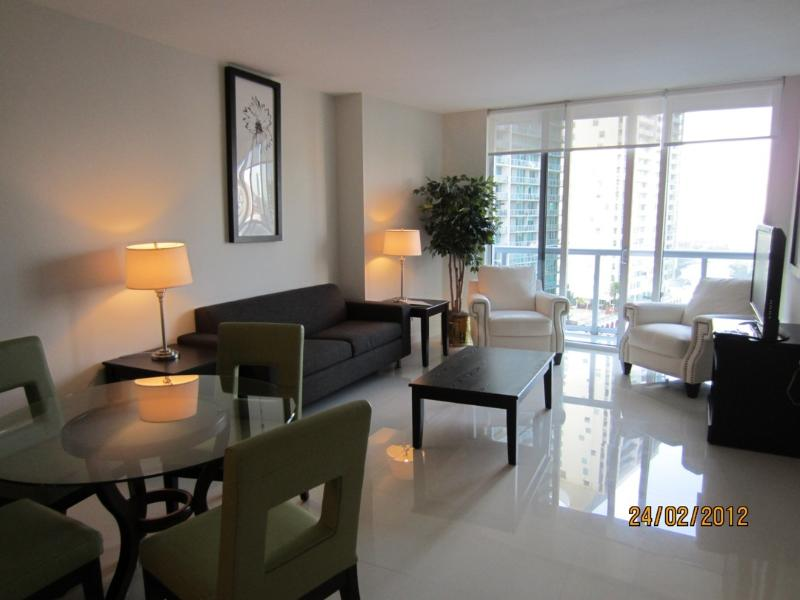 Icon Brickell 1 Bedroom 1 Bathroom - Image 1 - Coconut Grove - rentals