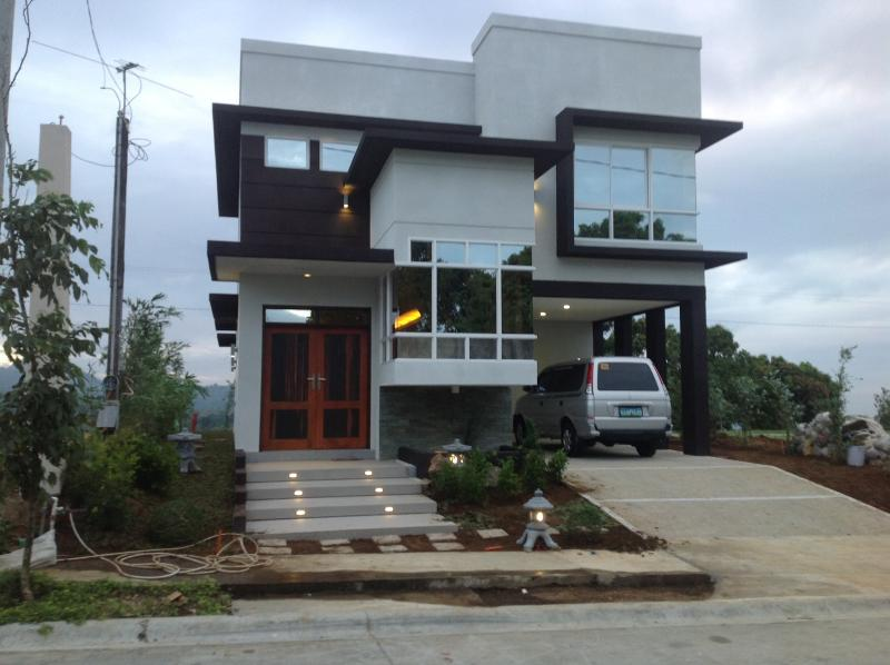 Front of the house - Sandari, Batulao, Philippines - Patnongon - rentals