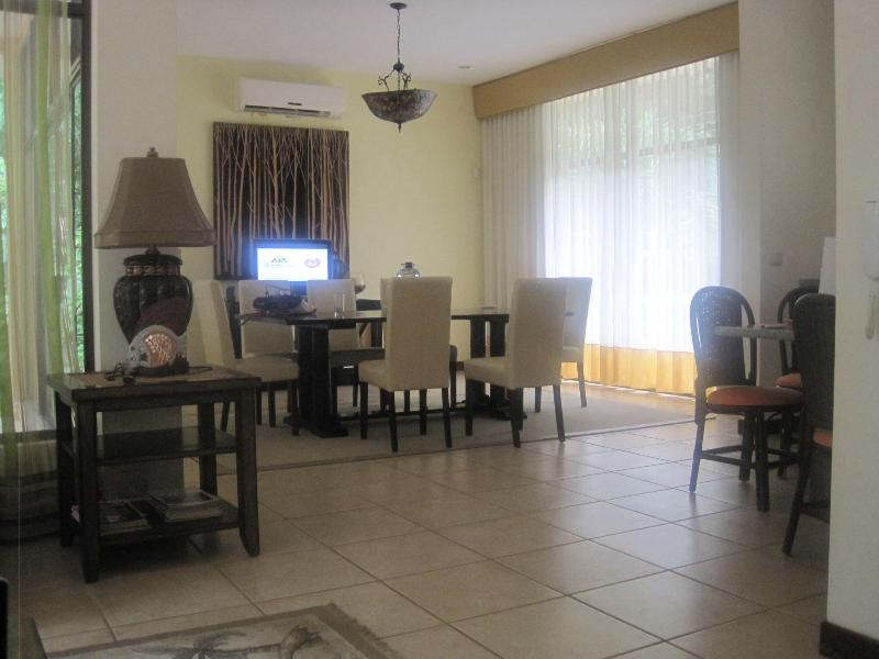 Formal Living and dining area - exotic mountain villa - Ciudad Colon - rentals
