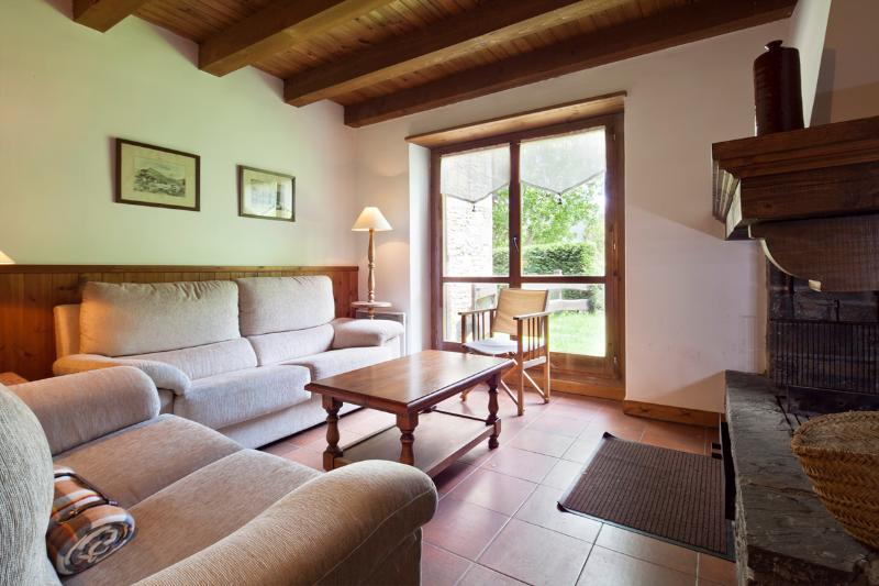 Living Room1 - Gessa House 7 - Gessa - rentals